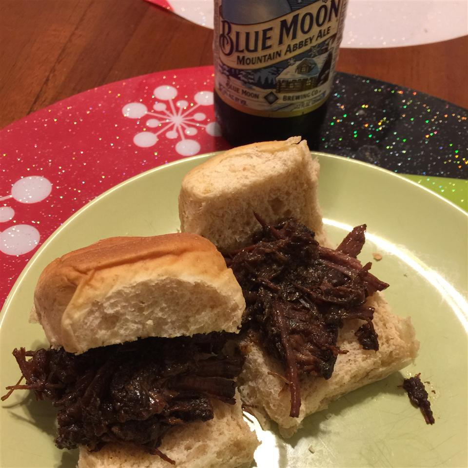 Adrienne's Overnight Barbecued Beef Sandwiches cjnemeth