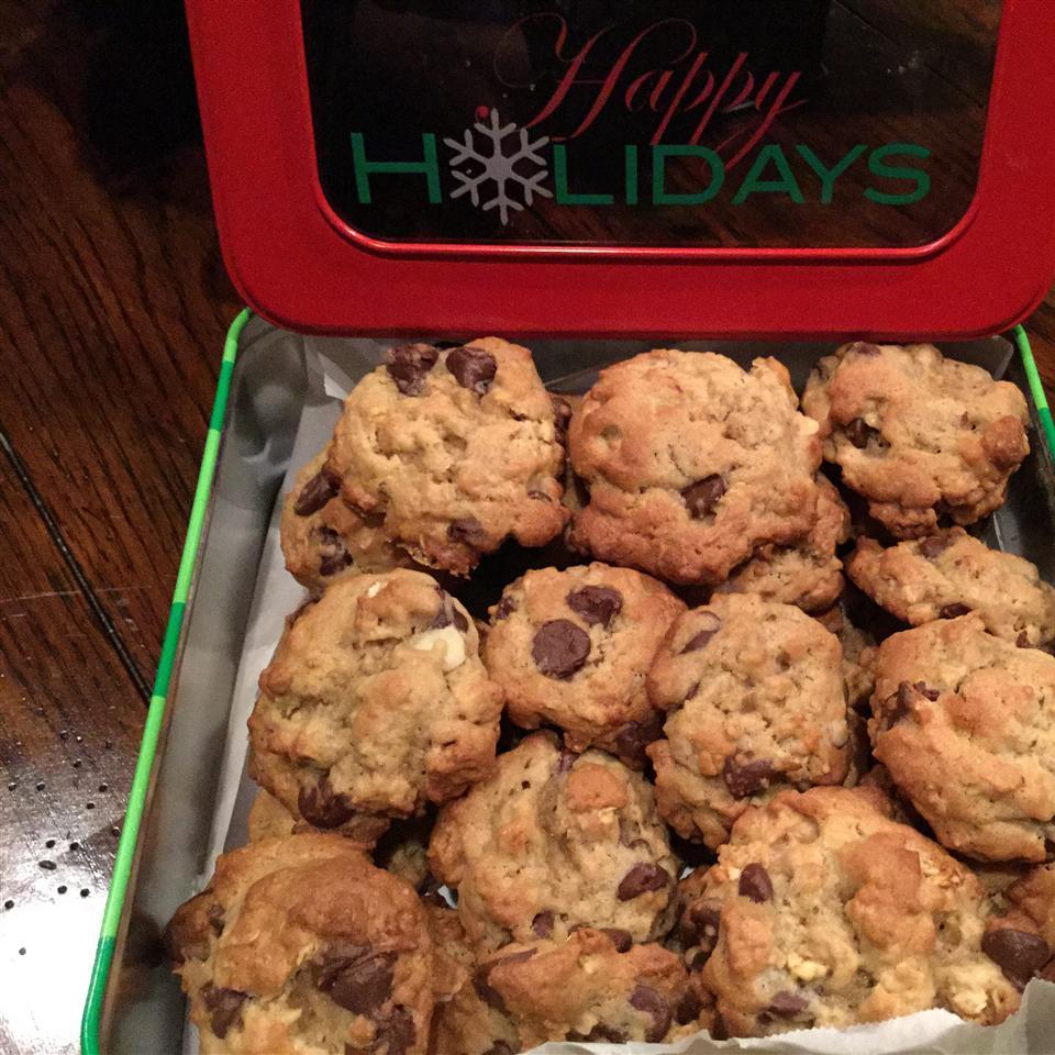 Chocolate Chip Granola Cookies Brookside Bistro
