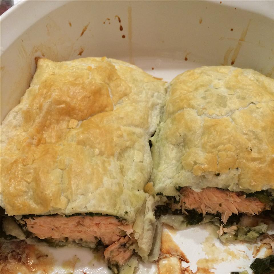 Puff Pastry Salmon grant