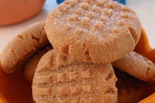 Three Ingredient Peanut Butter Cookies Francie