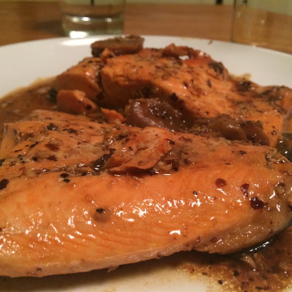 China Moon Salmon Ava Zhong