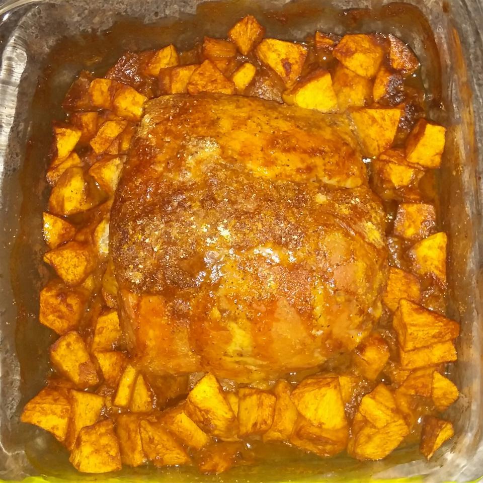 Herbed Pork and Apples Alyssa Marie Klimek