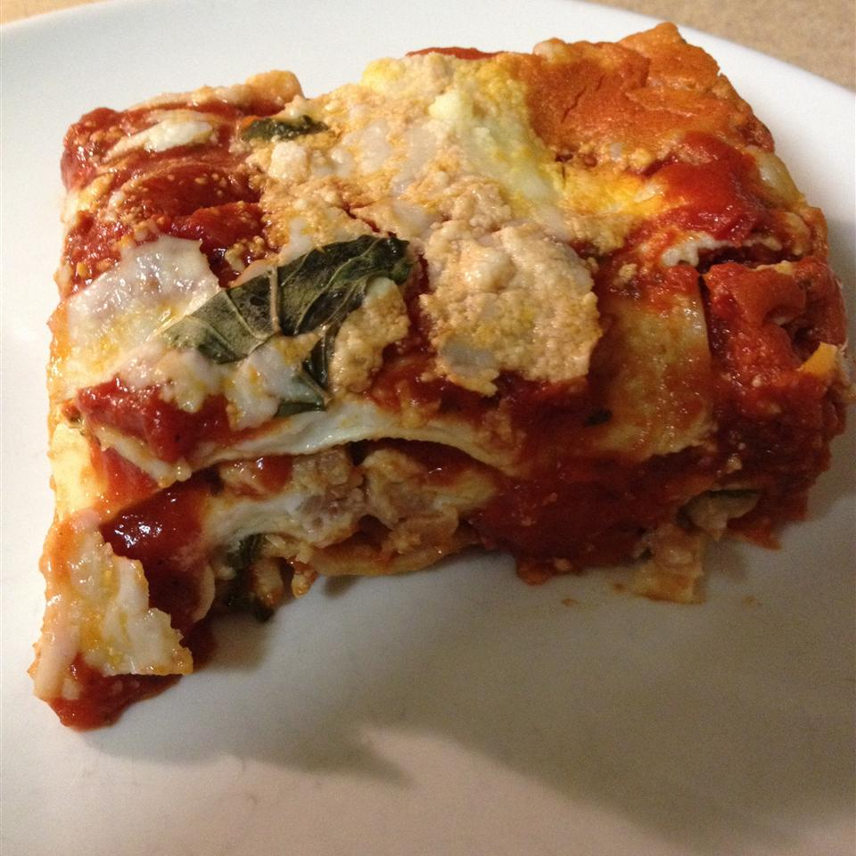 Oven-Ready Lasagna with Meat Sauce and Bechamel Lindsay