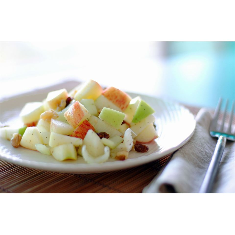 Waldorf Salad with Walnut Oil Vinaigrette LynnInHK