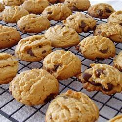 Peanut Butter Cookies with Chocolate Chunks Breana Ferrara