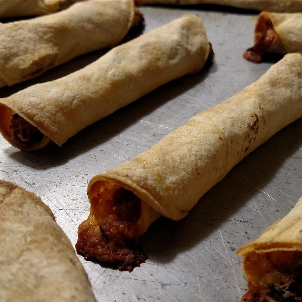 Easy Chicken Taquitos A J Gonzalez
