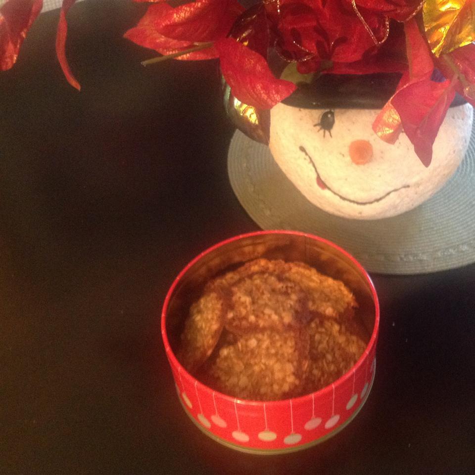 Butterscotch Lace Cookies
