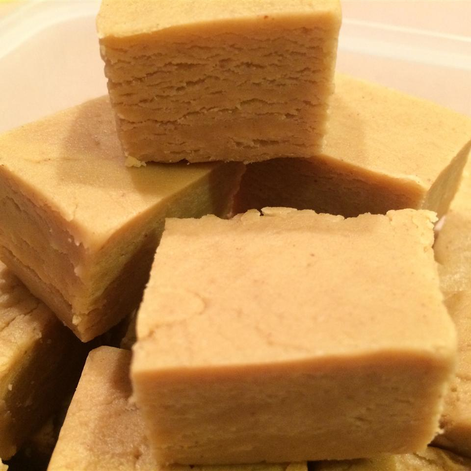Easiest Peanut Butter Fudge