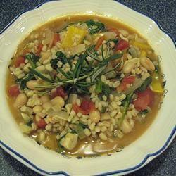 White Bean, Spinach, and Barley Stew CRUISEM
