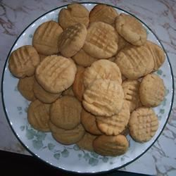 Easy Peanut Butter Cookies STARAJOY