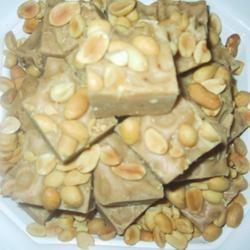 EAGLE BRAND® Peanut Butter Fudge sueb
