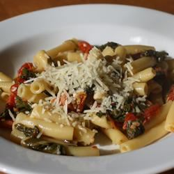 Spinach and Sun-Dried Tomato Pasta