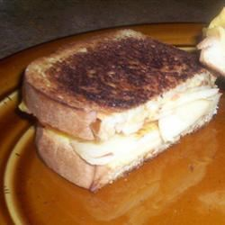 Grilled Cheese, Cinnamon, and Apple Sandwich