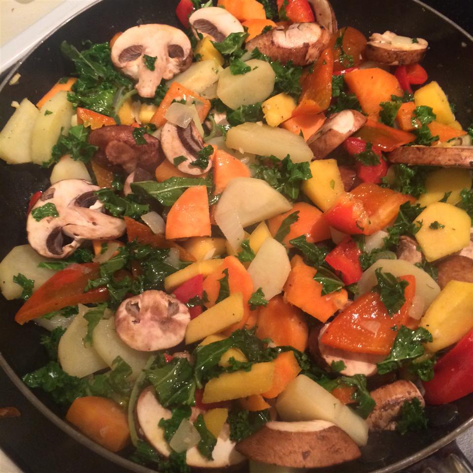 Winter Vegetable Hash HoneyBee09
