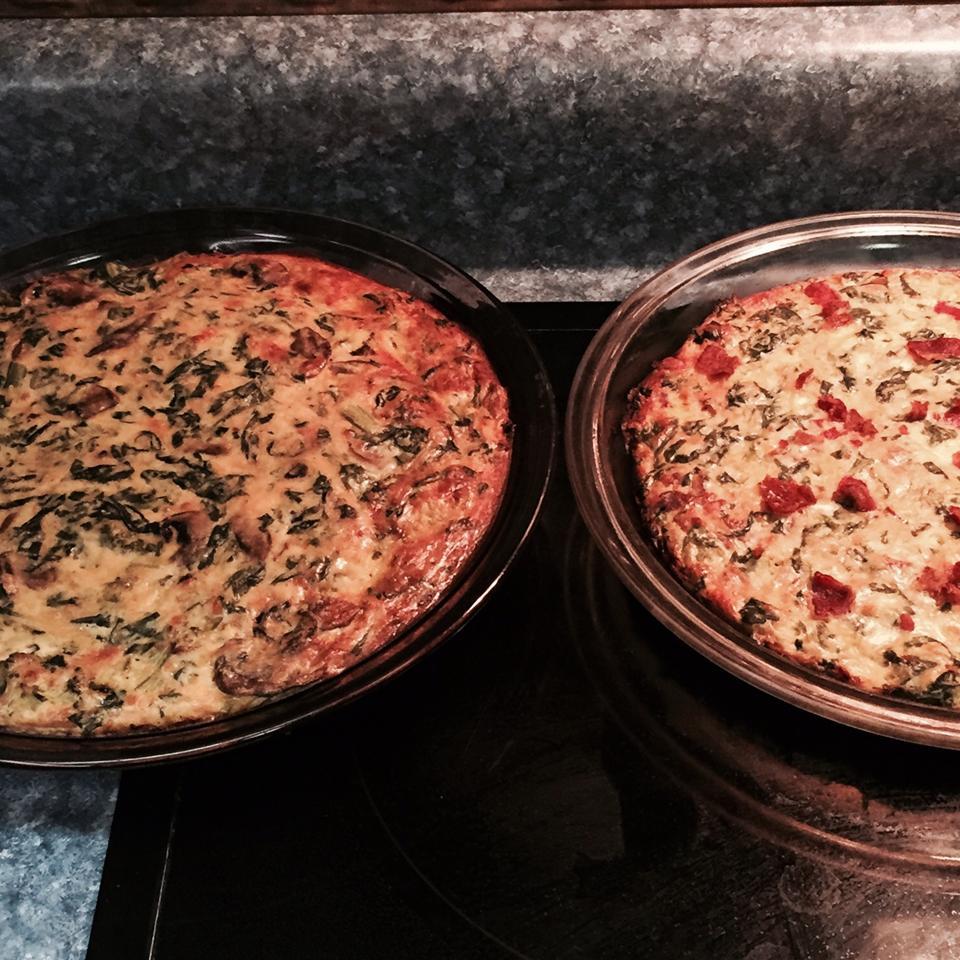 Simple Crustless Spinach and Mushroom Quiche kelbyj