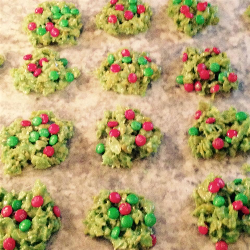 Christmas Cornflake Wreath Cookies