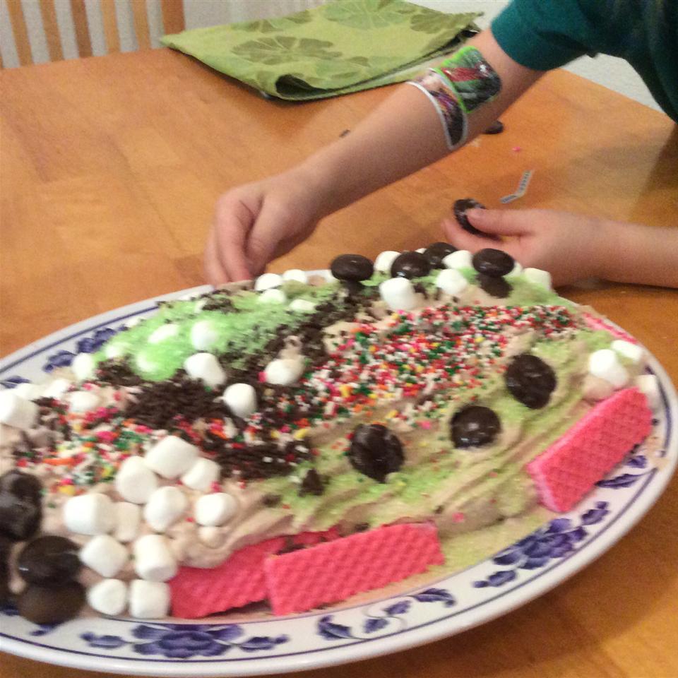 No-Bake Chocolate Yule Log with Chocolate Mushrooms mbb