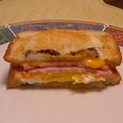 Eggy Doodle Sandwiches ~TxCin~ILove2Ck