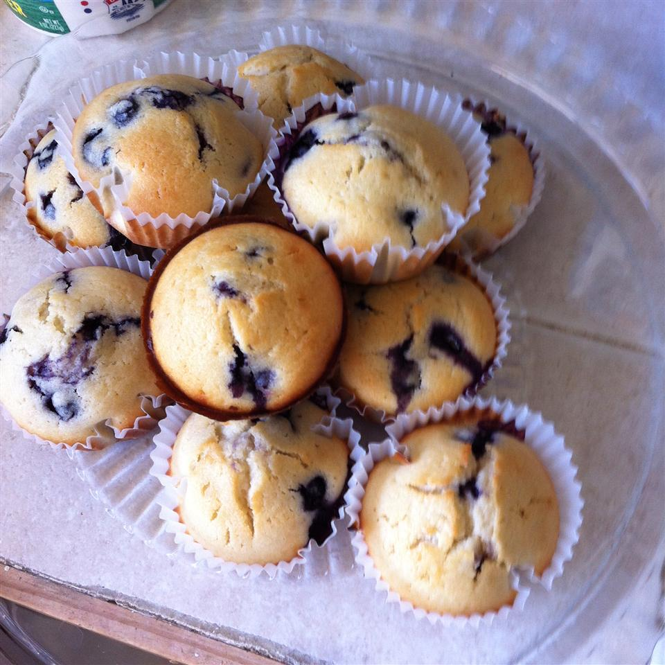 Awesome Blueberry Muffins ANGCIS