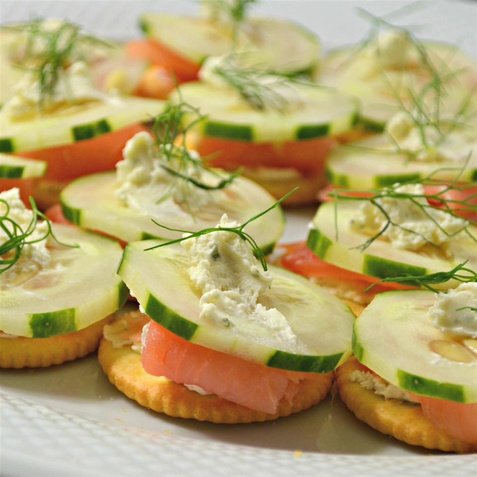 """RITZ """"Everything"""" Bites with Lox and Schmear Kim's Cooking Now"""
