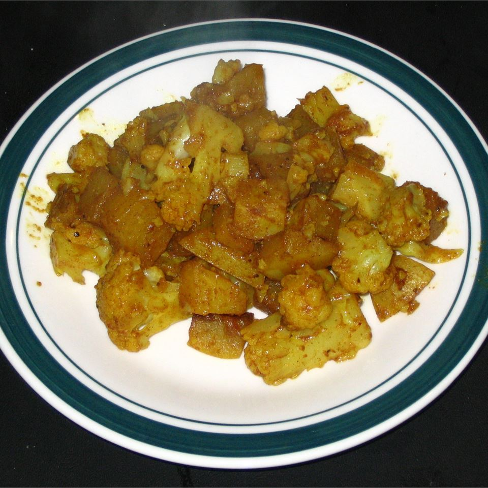 Gobi Aloo (Indian Style Cauliflower with Potatoes) Mark P