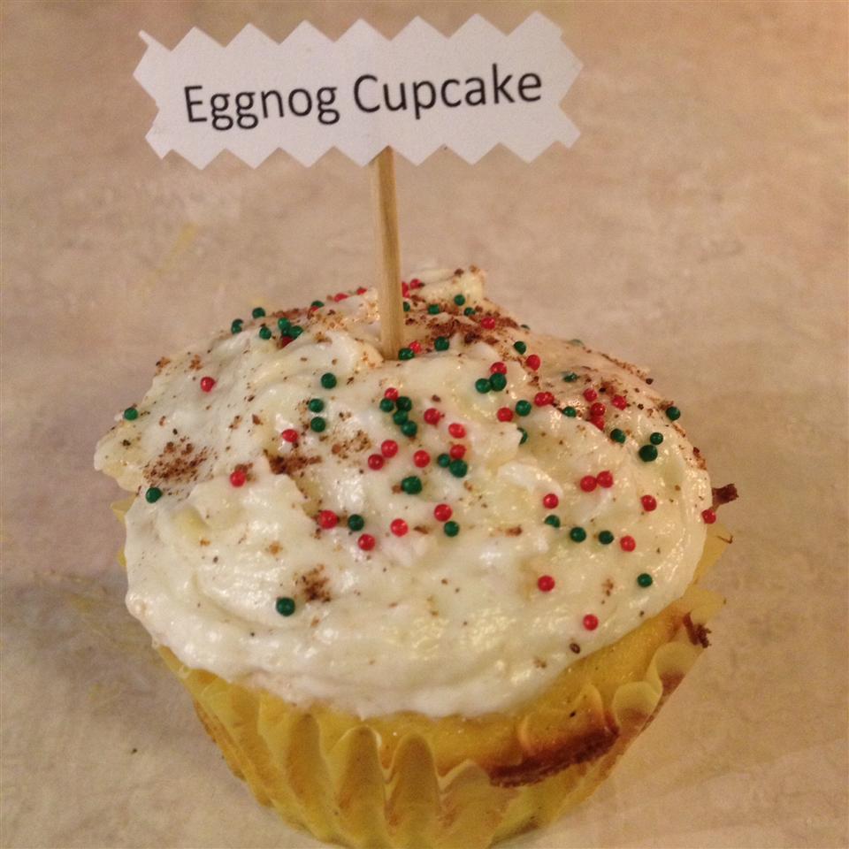 Easy Eggnog Cupcakes lilly