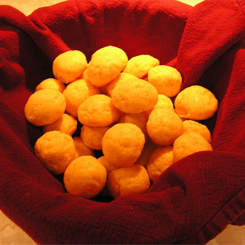 Cheddar and Olive Balls Breanne Sanders