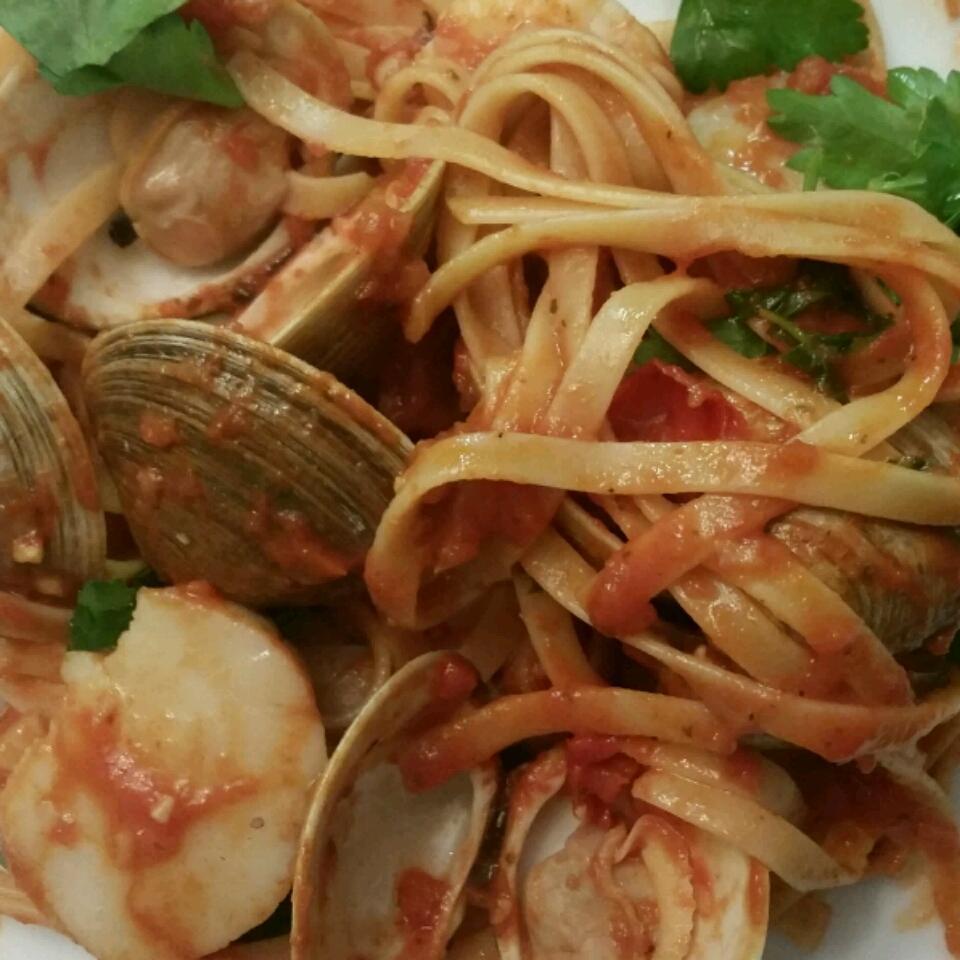 Shrimp, Clams, and Scallops Pasta ******CAS********