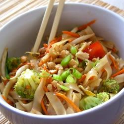 Asian Pasta Salad with Beef, Broccoli and Bean Sprouts Ben S.