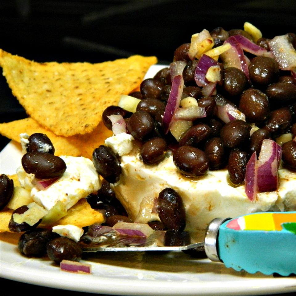 Easy Layered Black Bean Dip mpls curly girl