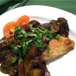 Chicken Breasts with Balsamic Vinegar and Garlic