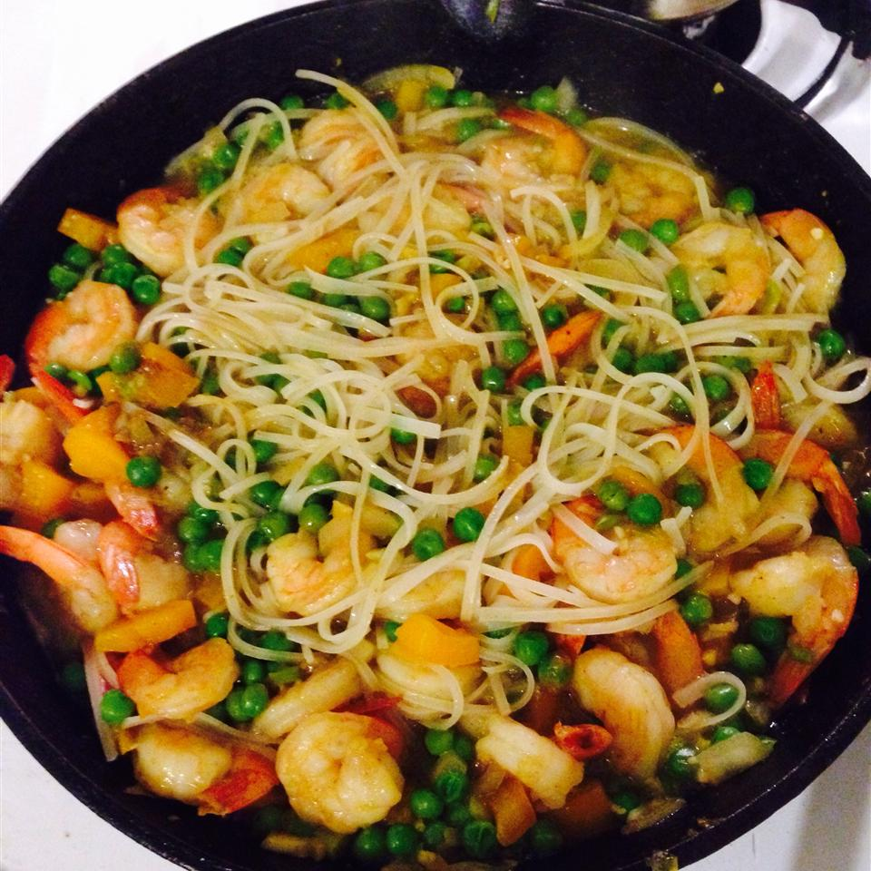 Singapore Noodle Curry Shrimp
