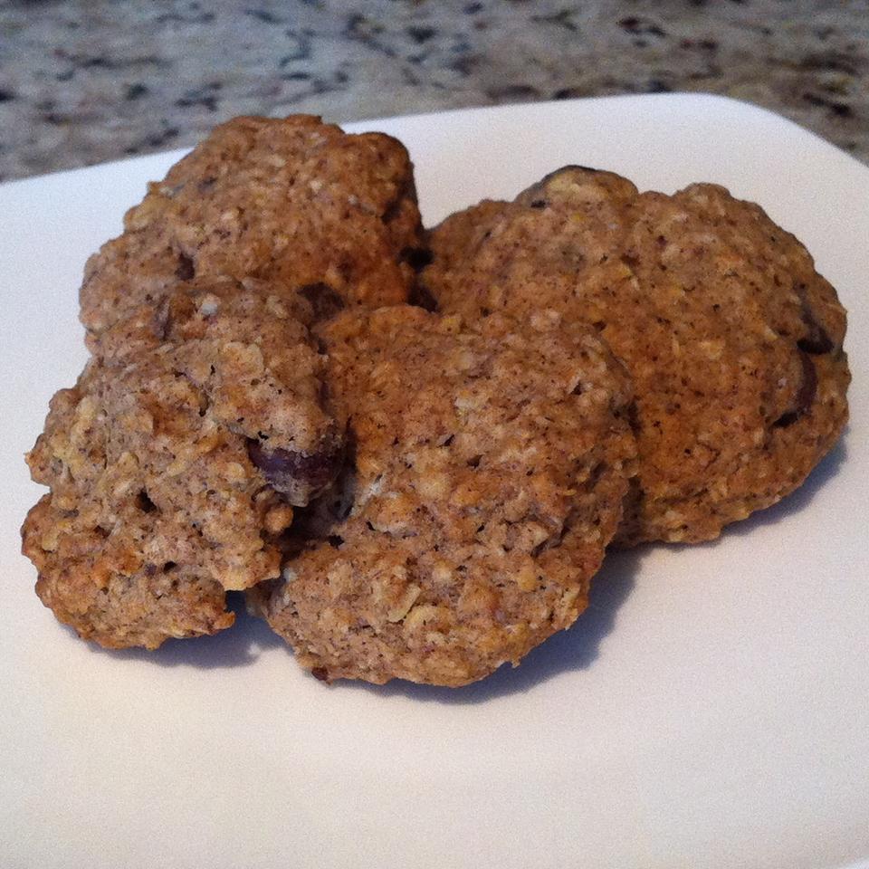 Amazing Vegan Oatmeal Cookies