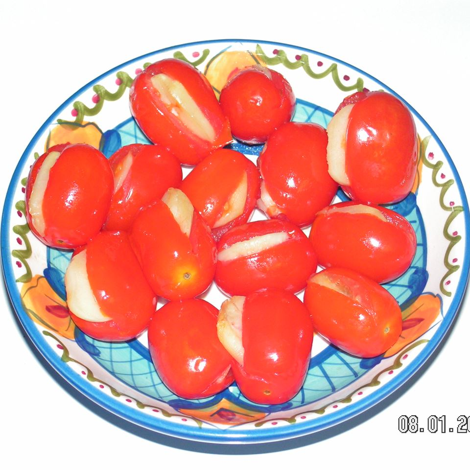 Baked Cherry Tomatoes with Garlic