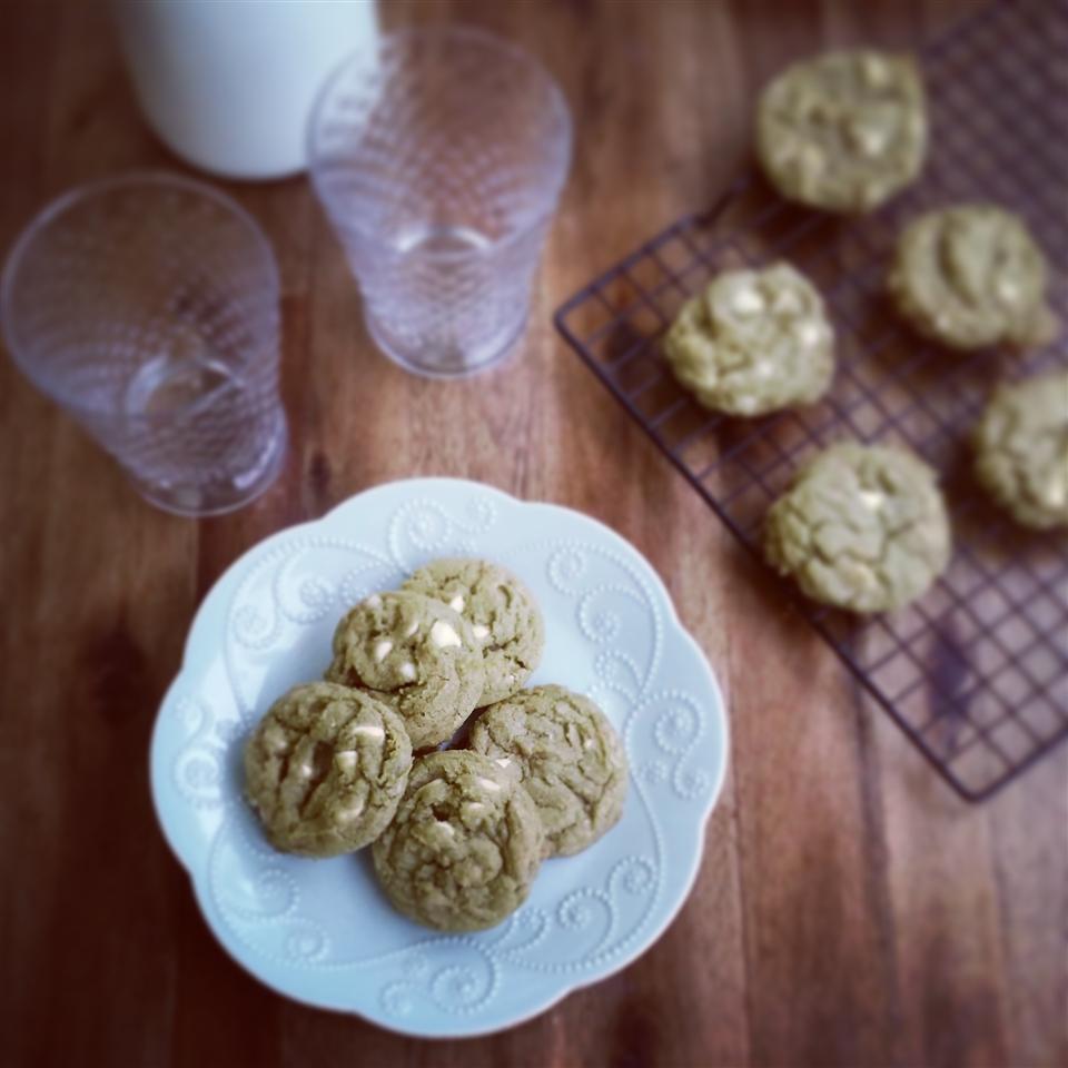 Matcha Green Tea Chocolate Chip Cookies