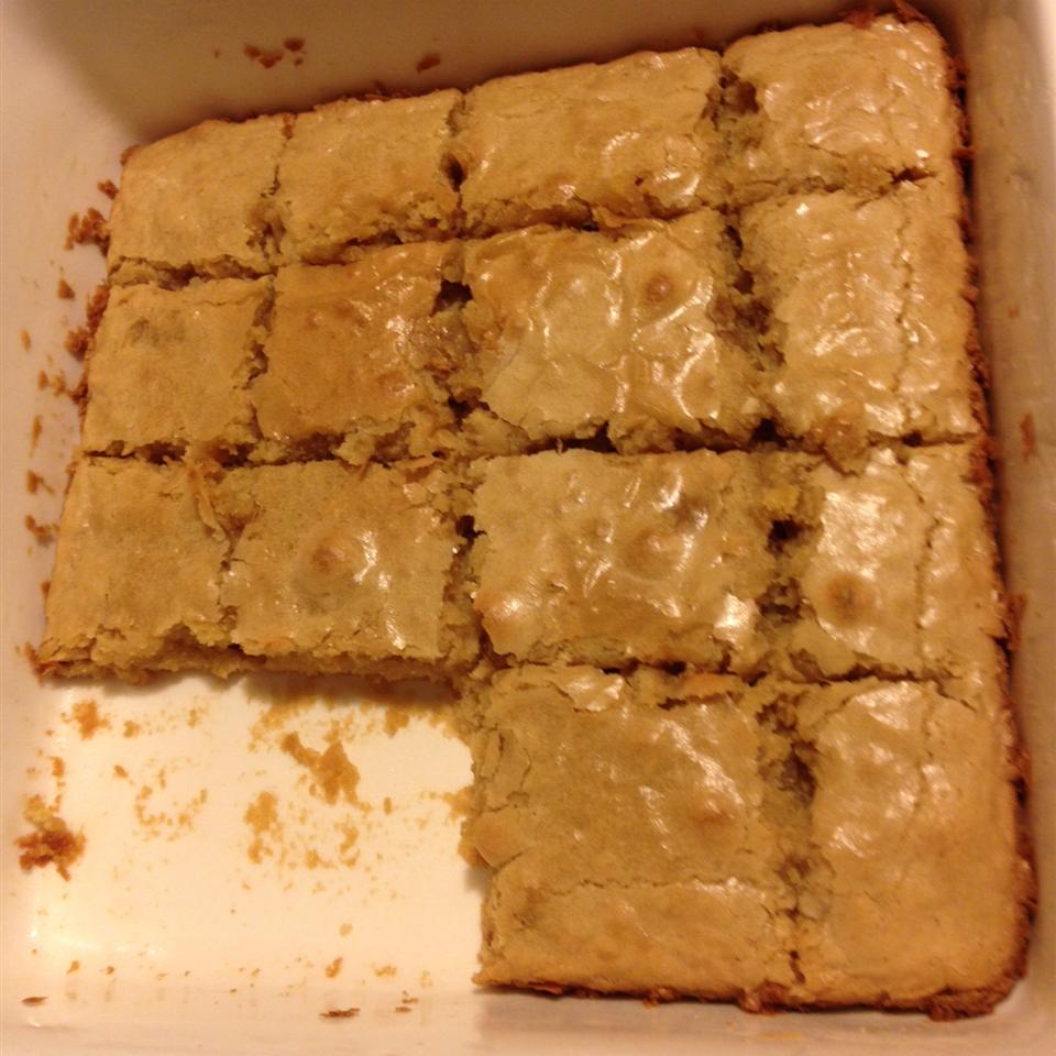 No-Chocolate Blondie Brownies