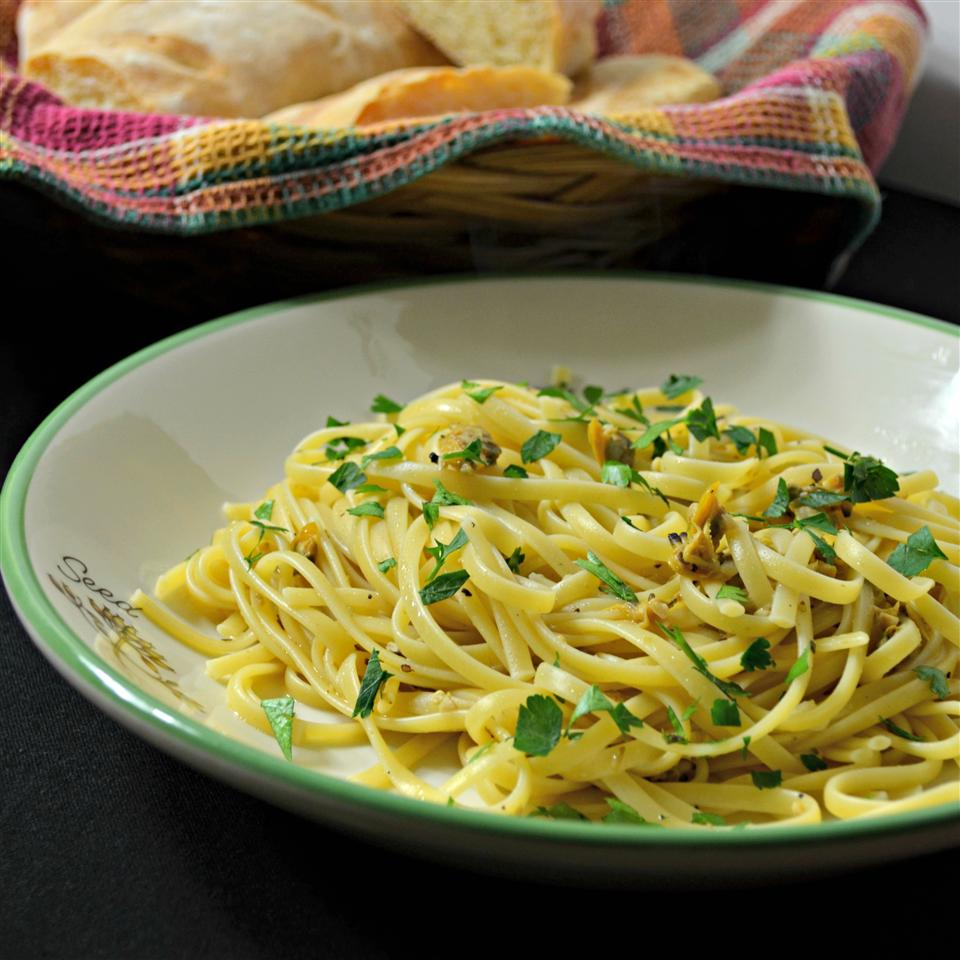 Ron's Favorite Linguine with White Clam Sauce