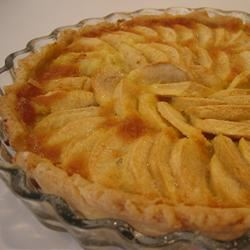 French Apple Tart (Tarte de Pommes a la Normande) LaMiaItalia