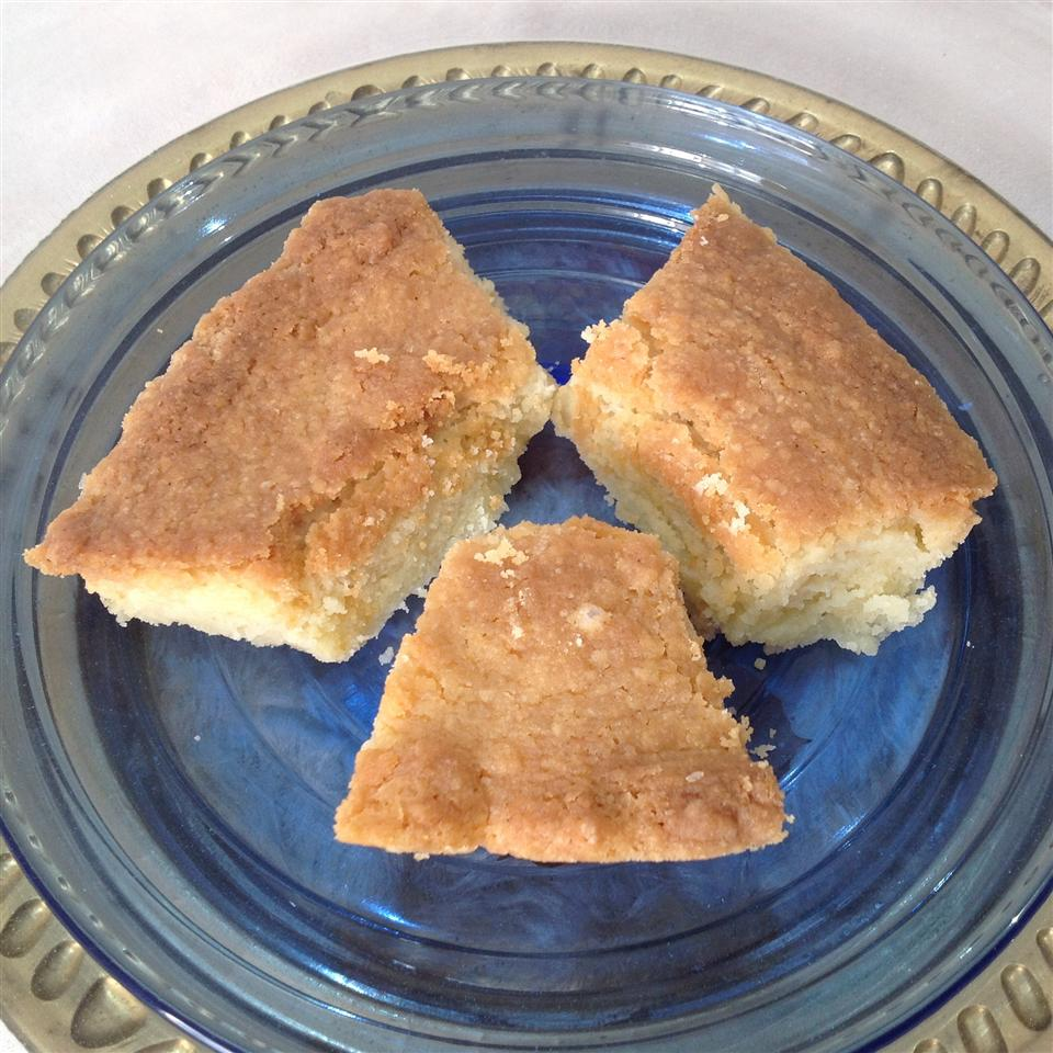 Aunty Laura's Shortbread April