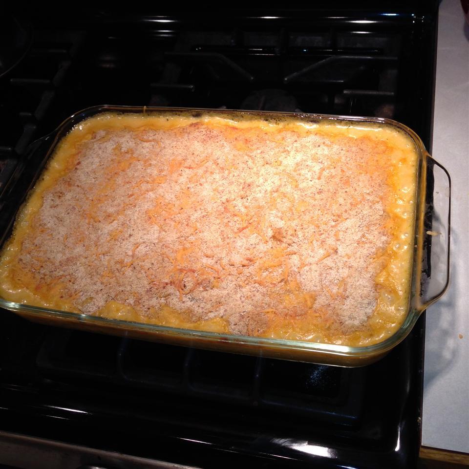 Pumpkin Mac and Cheese JEAN R