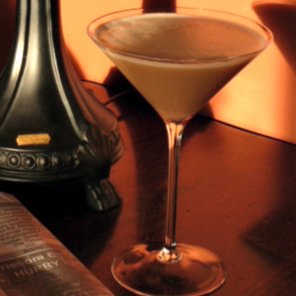 French Vanilla Iced Latte Martini