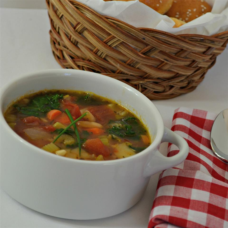 Judy's Hearty Vegetable Minestrone Soup
