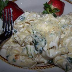 Creamy Spinach Tortellini Sarah_the_veg