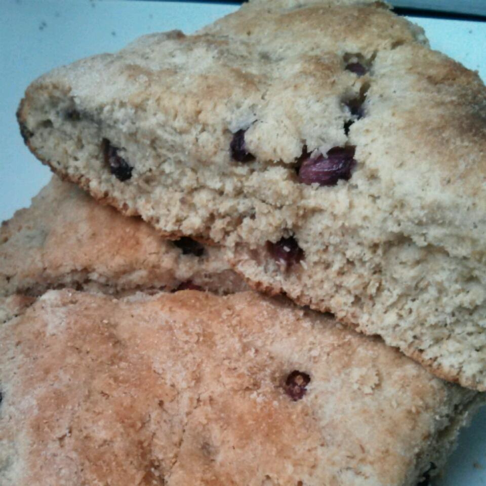 Whole Wheat Pomegranate Scones