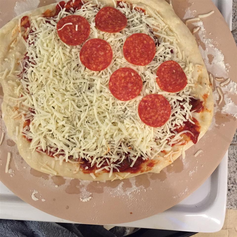 Homemade Pepperoni Pizza amandalane