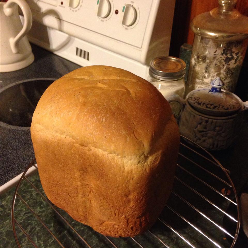 Herb Bread for Bread Machine Laurel