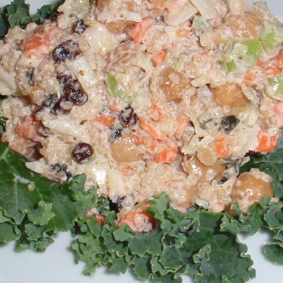 Chickpea Quinoa Mock Tuna Salad Stef