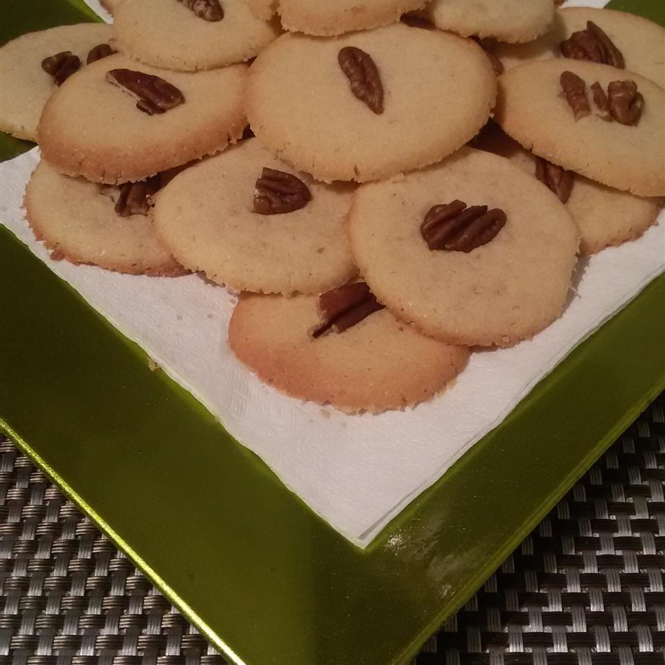Butter Pecan Cookies christinasvg