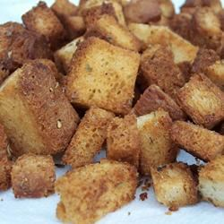 Yummy Garlic Croutons