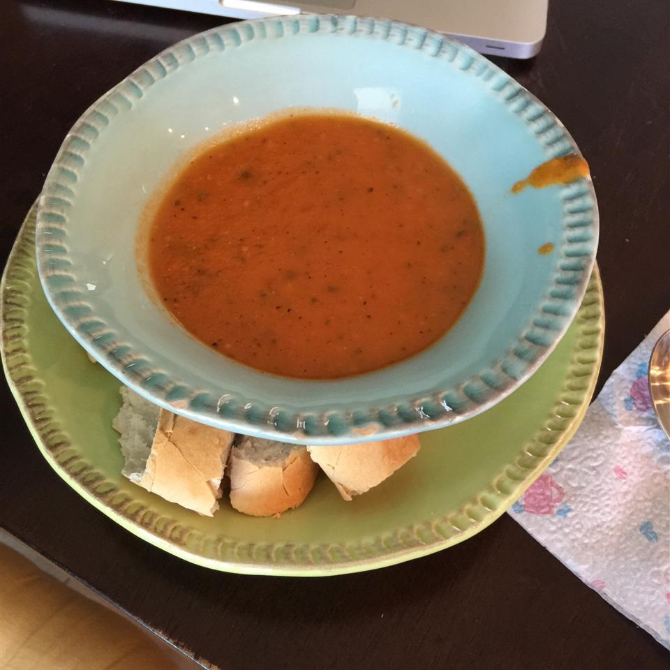 Garden Fresh Tomato Soup Emmadiwells